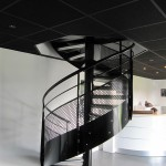 Escalier métallique à Theix, Morbihan 56